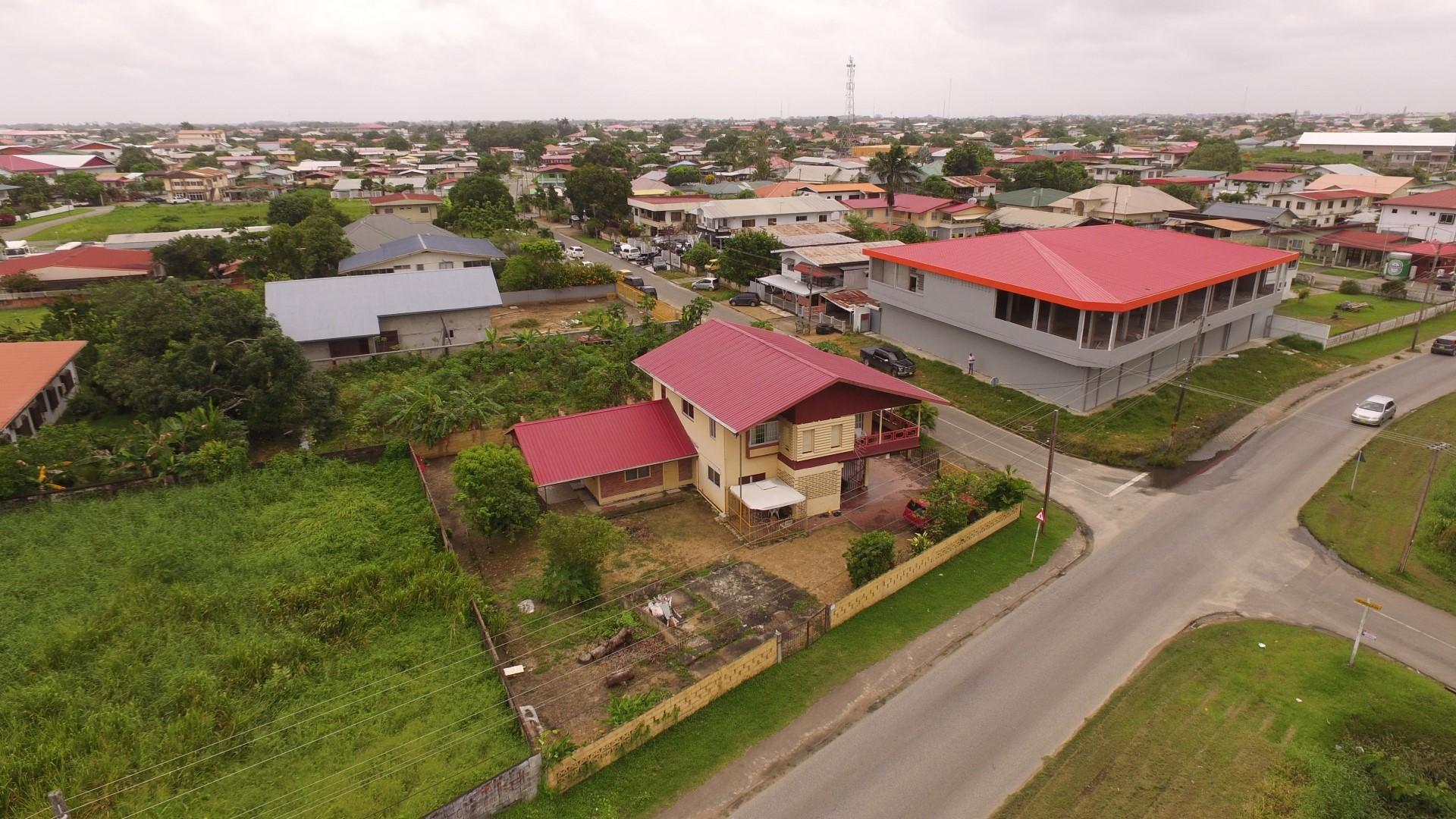 Henkielaan-32-Koopwoning-Terzol-Vastgoed-Paramaribo-Suriname-04