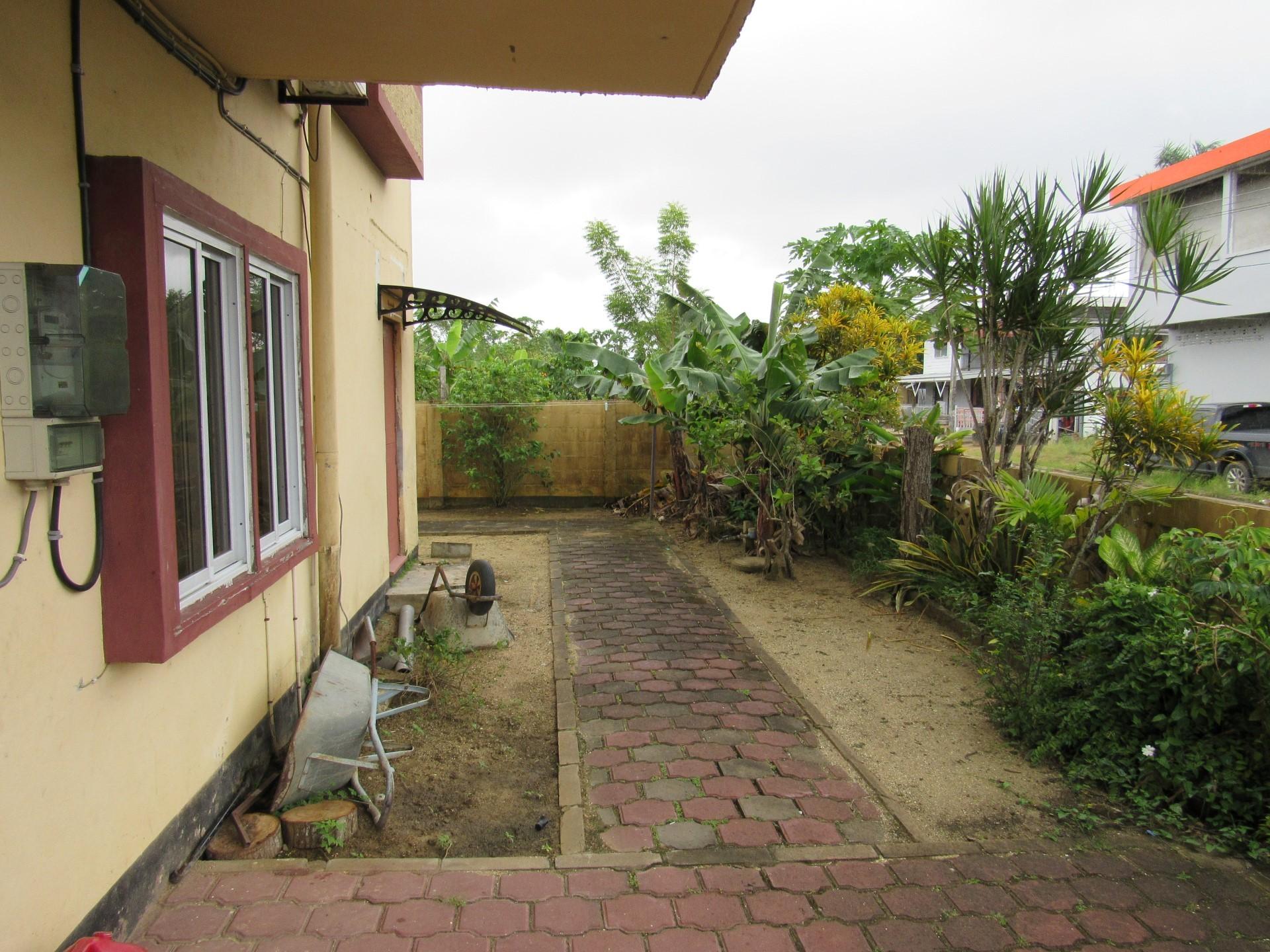 Henkielaan-32-Koopwoning-Terzol-Vastgoed-Paramaribo-Suriname-33
