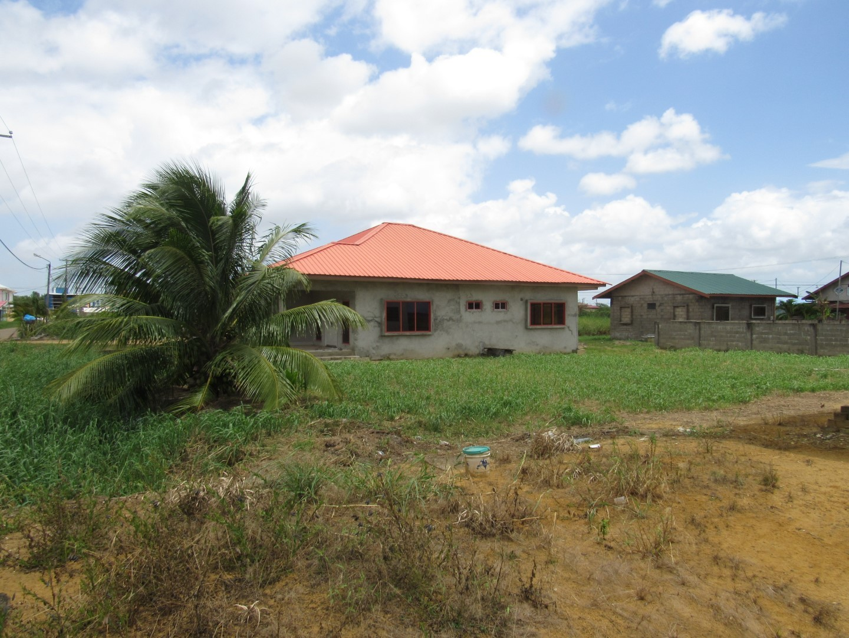 Parbatie Bhoendieweg br. 17 - Suriname - Terzol Vastgoed NV 14