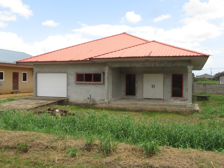 Parbatie Bhoendieweg br. 17 - Suriname - Terzol Vastgoed NV 17